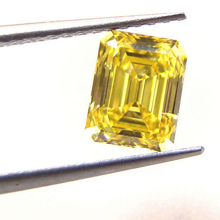 View 1.14 ct. Emerald Cut Fancy Vivid Yellow