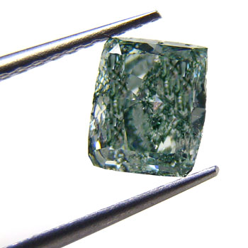View 1.07 ct. Radiant Fancy Bluish Green