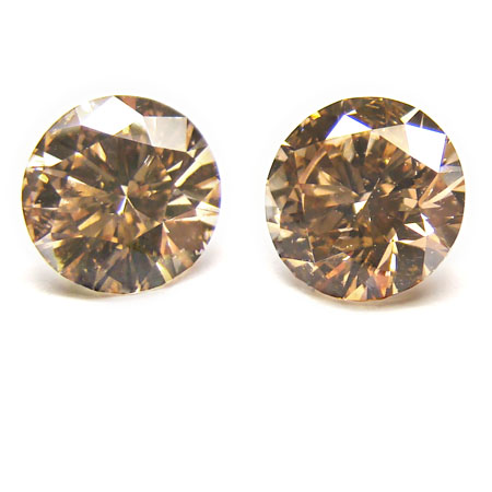 View 4.19 ct. Round Fancy Orangy Brown (Champagne)