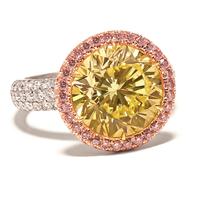 View 5.49 ct. Round Fancy Intense Yellow (Flawless)